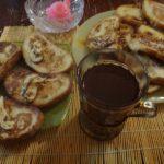Жареный хлеб с молоком. Неплохой вариант завтрака.