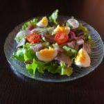 Салат с селедкой и яйцом