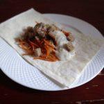 Куриная печенка с корейской морковью в лаваше