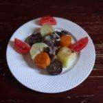 Овощи с куриными желудками в рукаве
