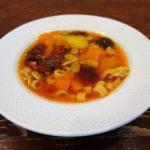 Суп с горбушей, макаронами и тыквенными семечками