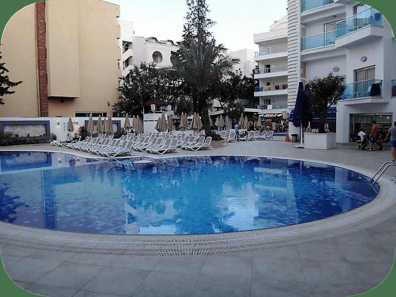 интерьеры отеля Blue Bay Platinum 5* все включено