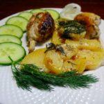 Кура имбирная  в сметане с картофелем