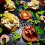 Креветочный салат на тыкве