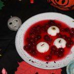 Делаем страшные блюда на Хеллоуин. Глаза тритона и рука мертвеца