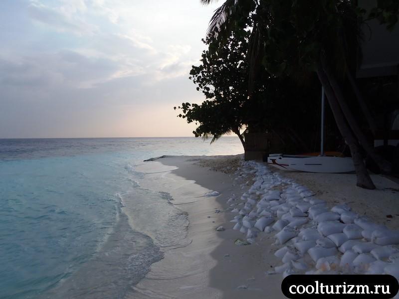 белый песок Мальдивы