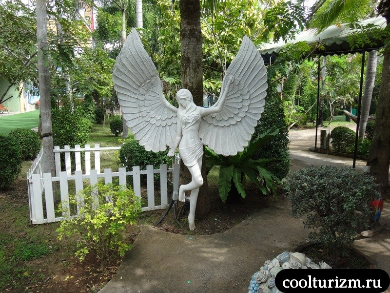 ангел в Мимозе.Паттайя
