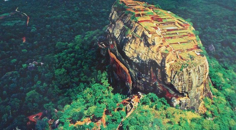 Сигирия на картинке.Шри Ланка