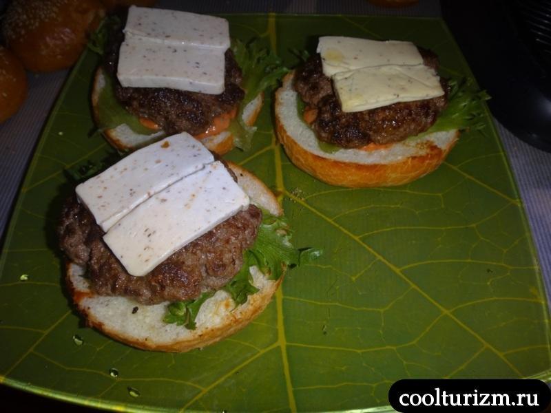 собираем гамбургер