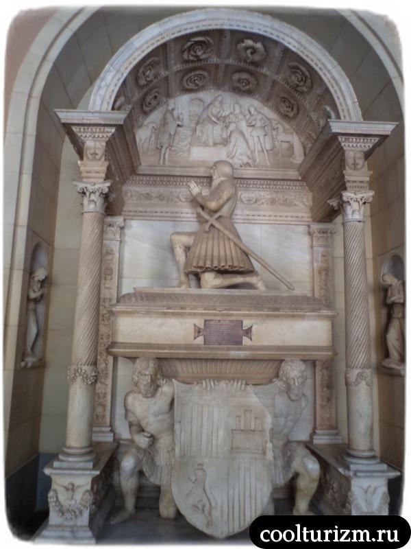 памятники монтсеррат