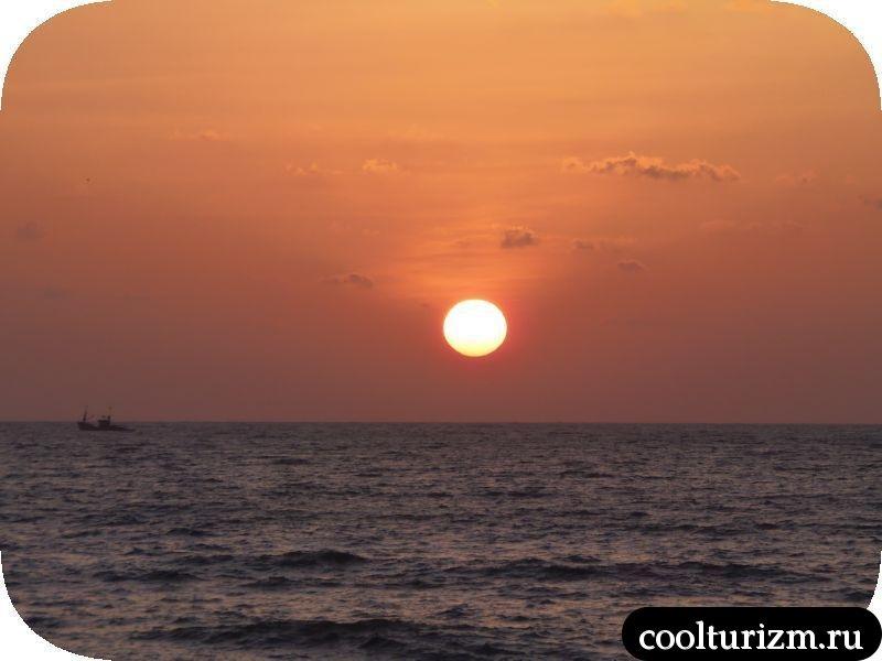 закат солнца в Гоа в марте