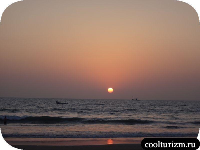 Солнце заходит в Гоа. Вечер