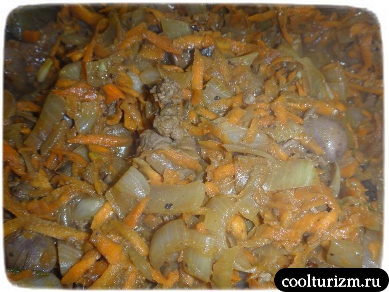 куриная печень,морковка