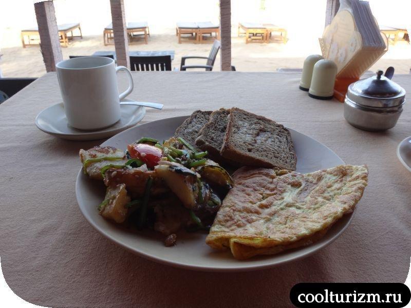 Южное ГОА. Цены на еду.завтрак в Агонде сансет. южный ГОА