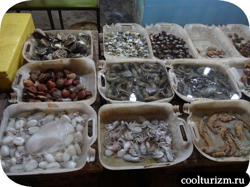 витрина с рыбой вьетнам МуйНе