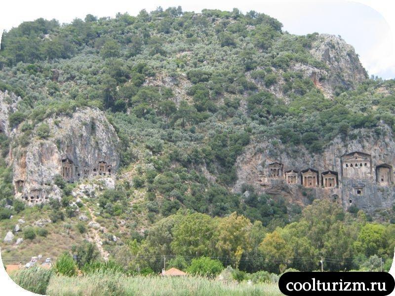 ликийские гробницы вид издалека