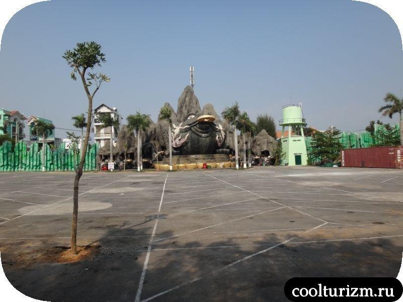 парковка в парке суой тьен