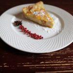 Творожный пирог из слоеного теста. Творог и лимон.