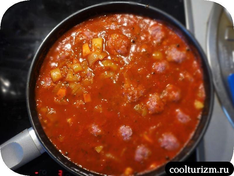 фрикадельки в томатном соусе готовим