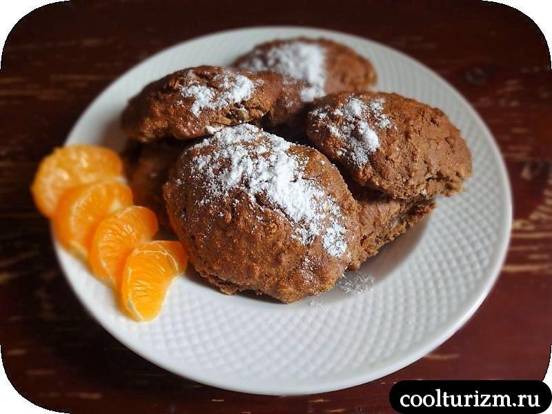 овсяное печенье с изюмом и медом