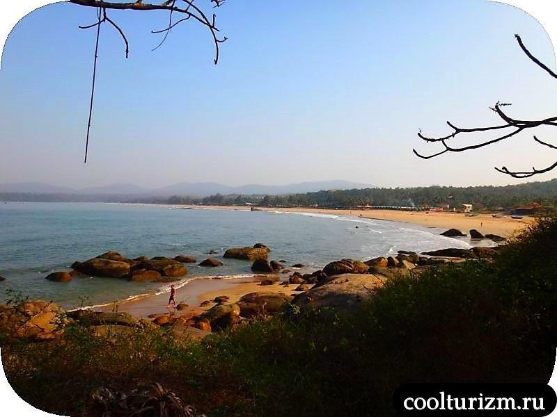 В Агонде, пляж и море