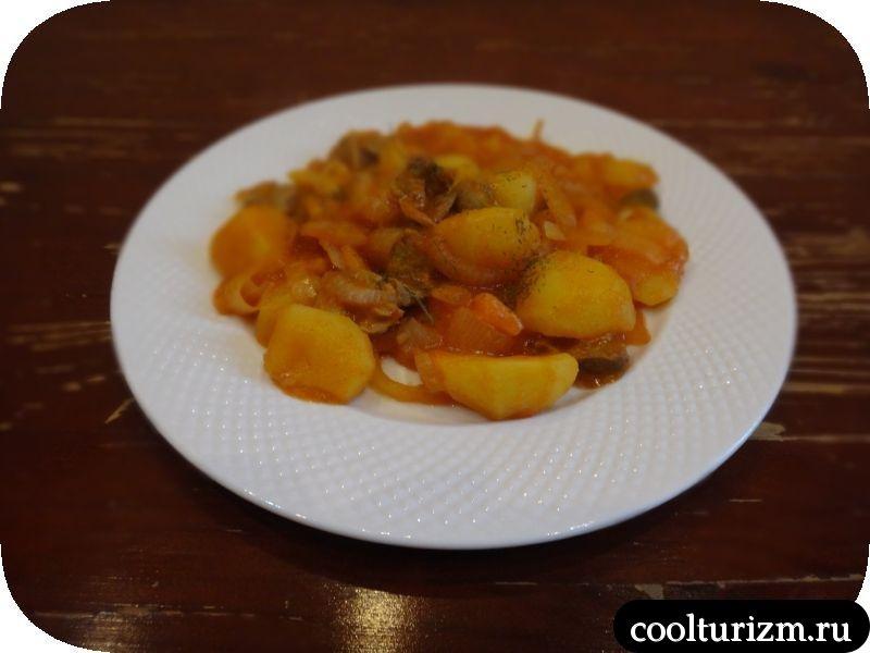 куриные желудочки картошка соус томат