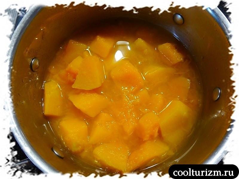 суп пюре из тыквы в тыкве