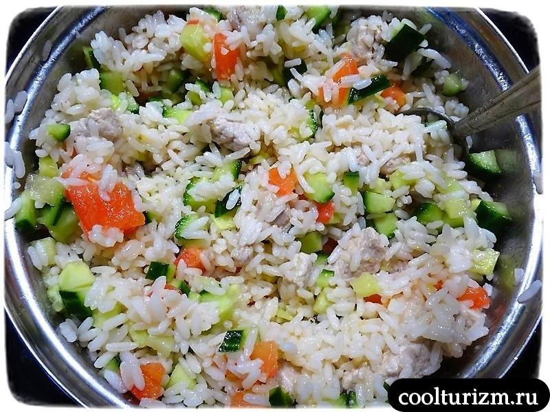 салат из риса со всякой фигней