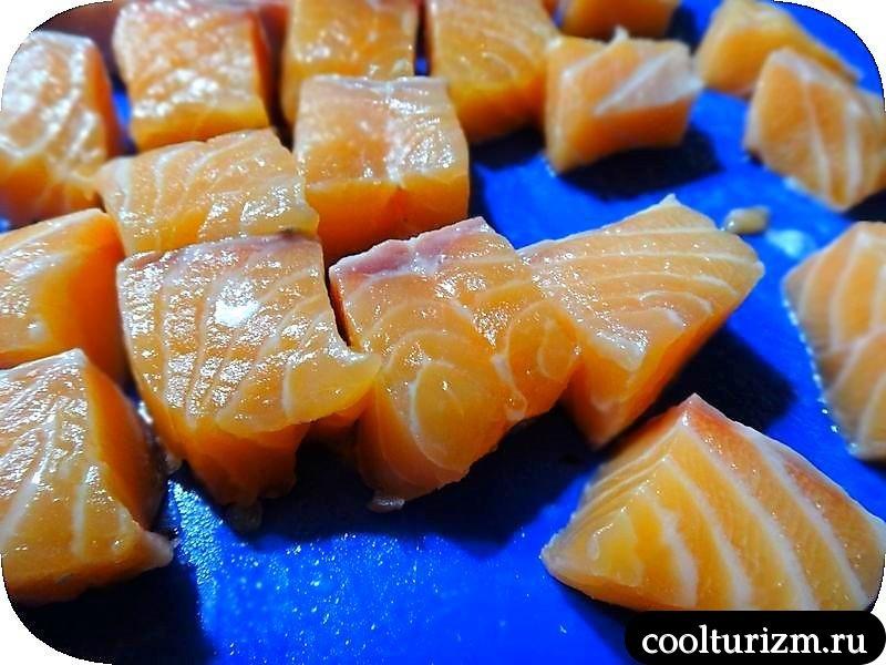 шашлычки из лосося в духовке
