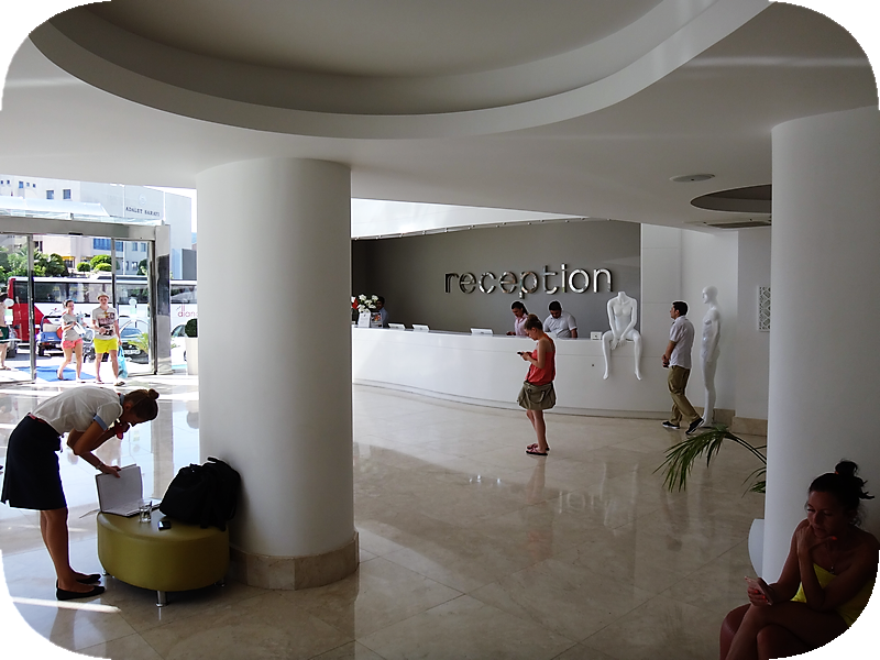 интерьеры отеля Blue Bay Platinum 5* пафосный отель