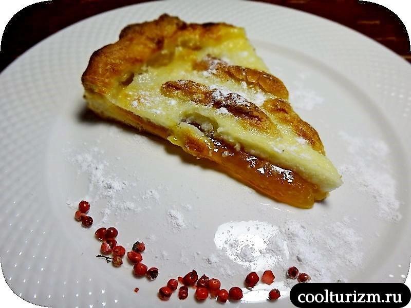 сметанный персиковый пирог в духовке