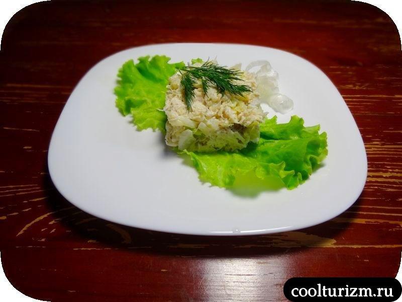 салат с треской и капустой