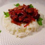 Рис с мидиями и вишней