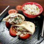 Пита с салатом из тунца