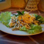 Как приготовить салат из кальмаров. Кальмары с макаронами и стручковой фасолью