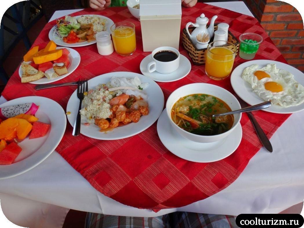 завтрак во Вьетнаме