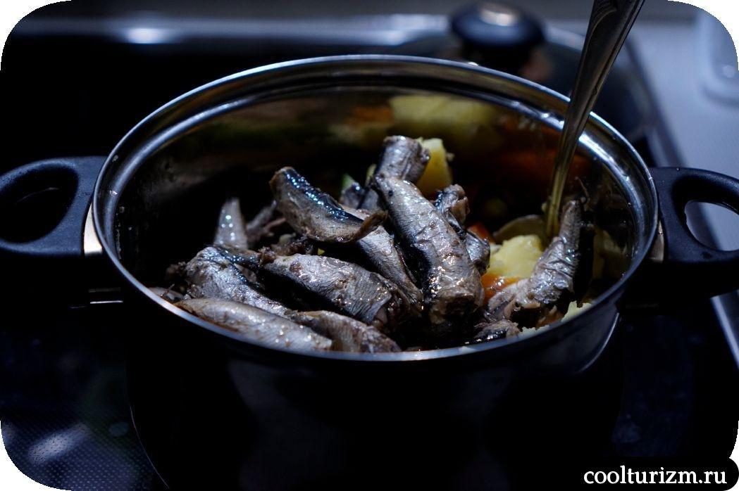 рецепт вкусного салата со шпротами