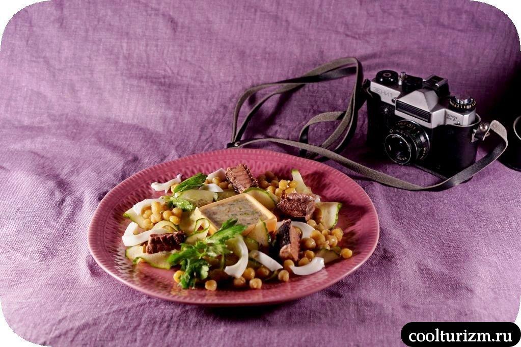 салат из тунца и свежих огурцов