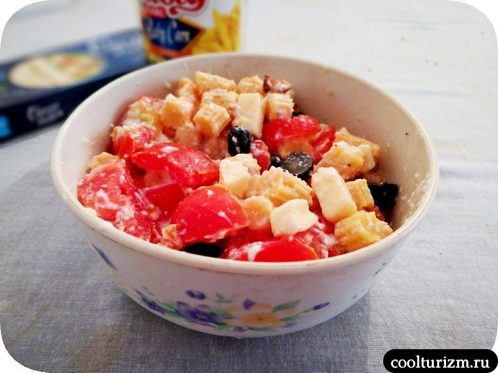 салат с мини кукурузой