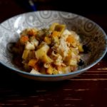 Треска с картошкой, тыквой и изюмом