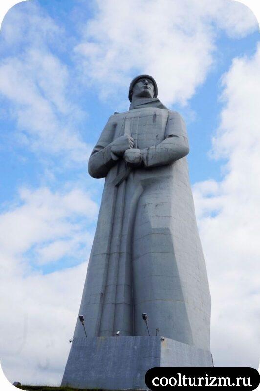 памятник Алеше