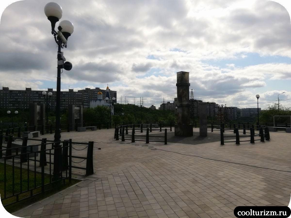 монумент жителям военного Мурманска