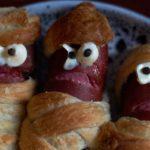 Страшная еда на Хэллоуин. Мумии