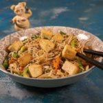 Как приготовить тофу с фунчозой