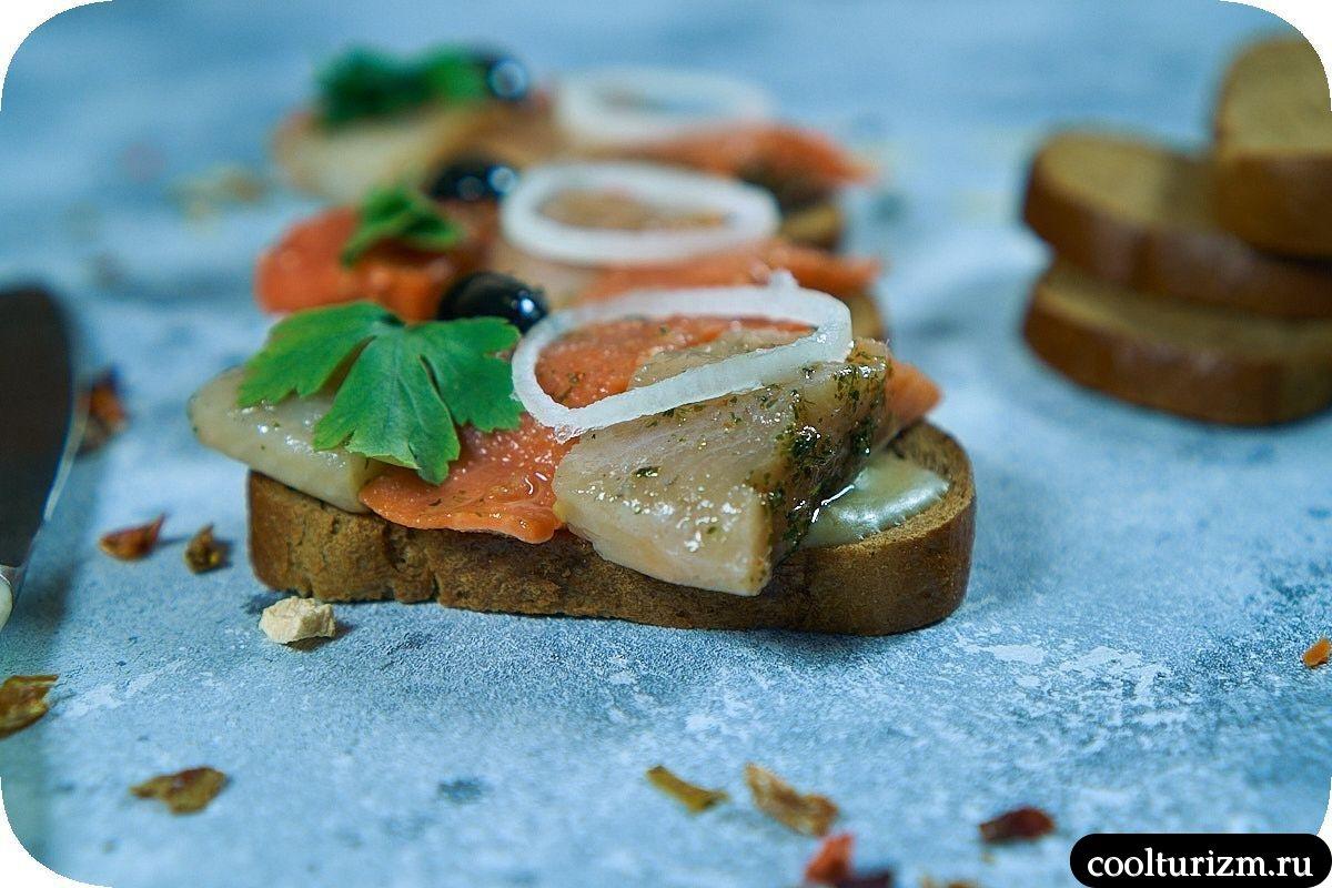 красивые бутерброды с селедкой на черном хлебе