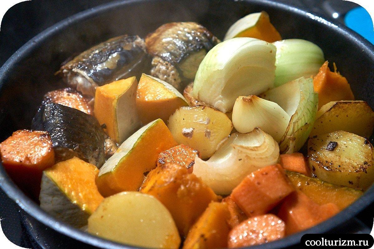 Рецепт скумбрии запеченной в духовке с овощами