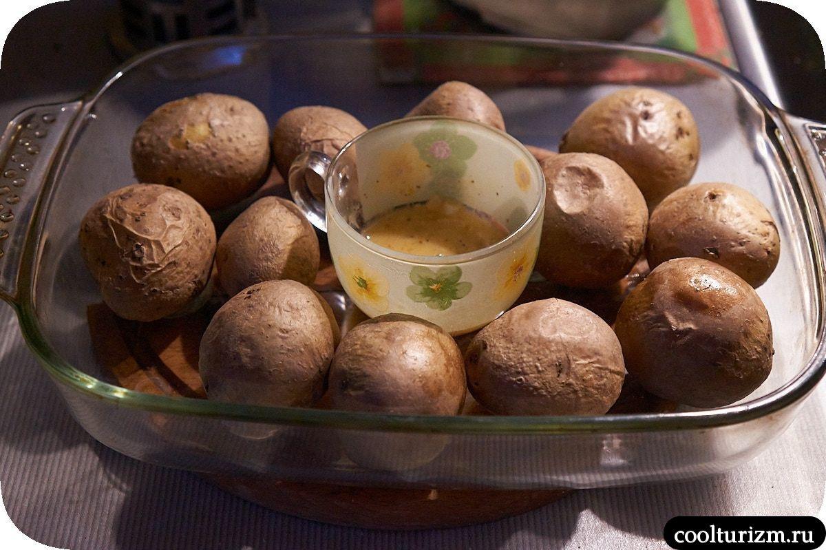 корейка без кости в панировке на сковороде