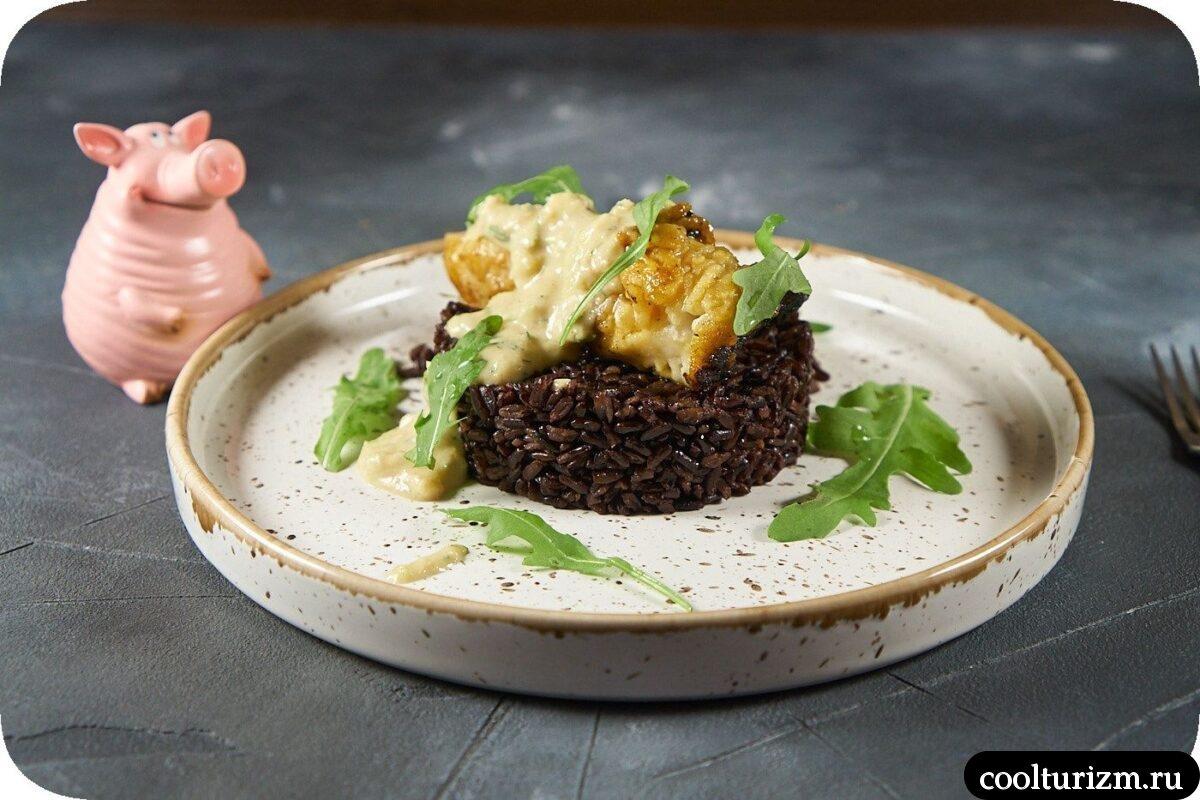 черный рис с морским окунем