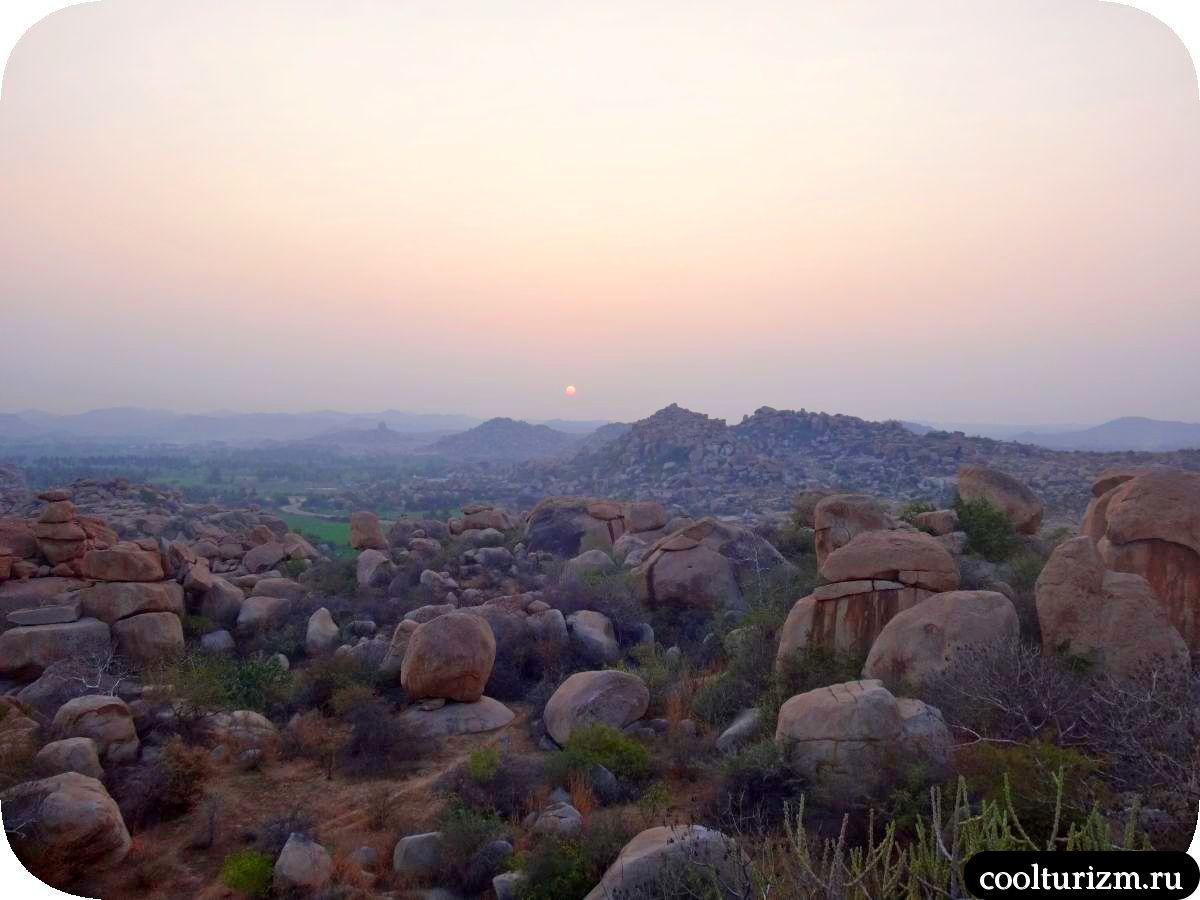 рассвет на холме Малеванта в Хампи Карнатака Индия