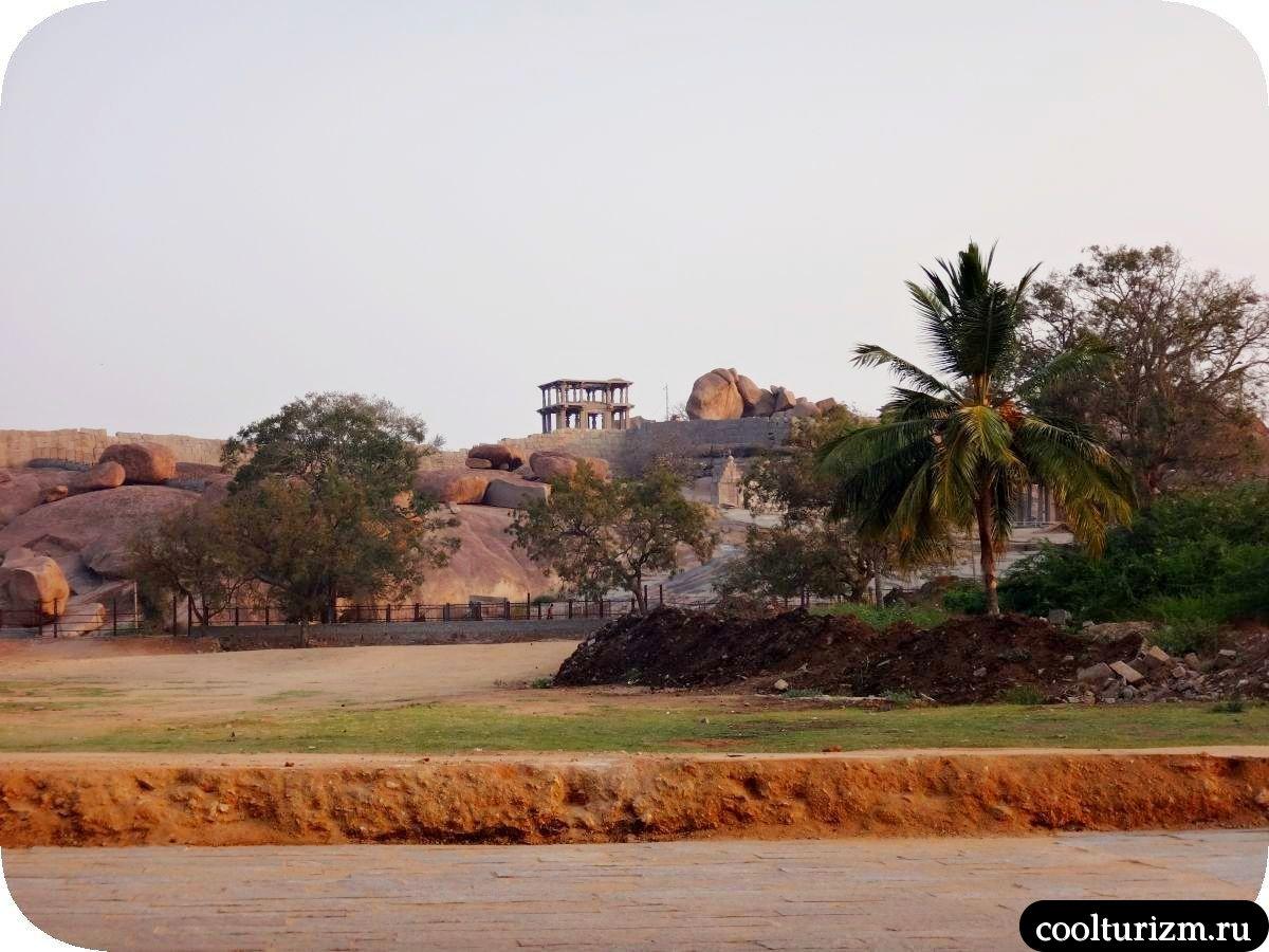 Лакшми Нарасимха храм в Хампи окрестности